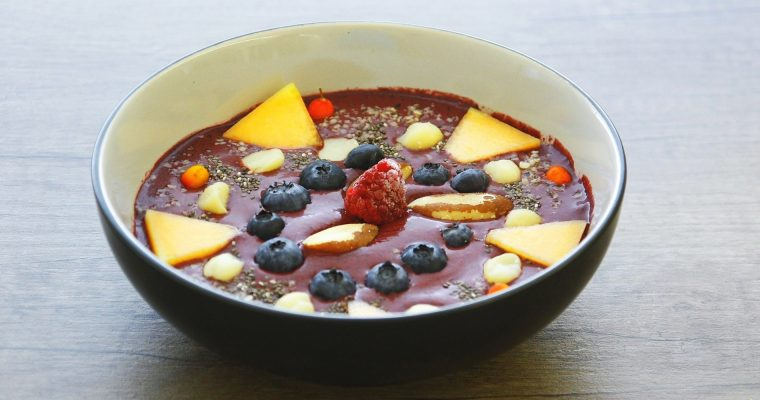 "Smoothie bowl<span class=""badge-status"" style=""background:#5add08"">Vegan</span>"